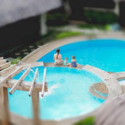 Chichai Natsu, hotell Panglaol, mõnus, odav, suvetoakesed laheda basseini ümber